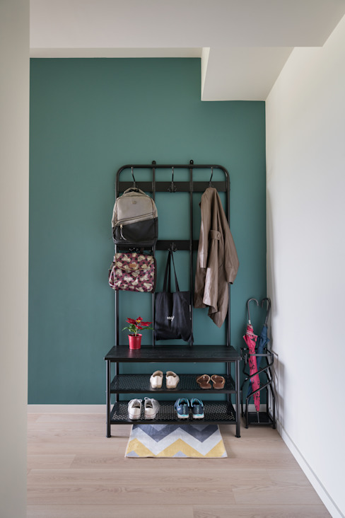 跳脫 斯堪的納維亞風格的走廊,走廊和樓梯 根據 耀昀創意設計有限公司/Alfonso Ideas 北歐風