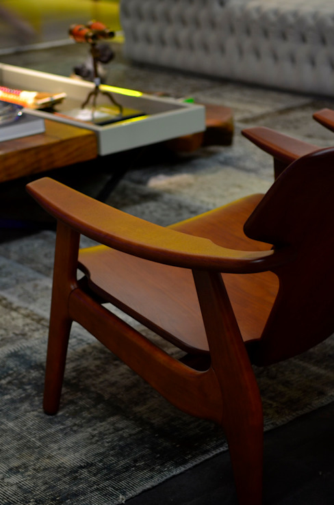 Poltronas Diz:   por BG arquitetura   Projetos Comerciais,Moderno