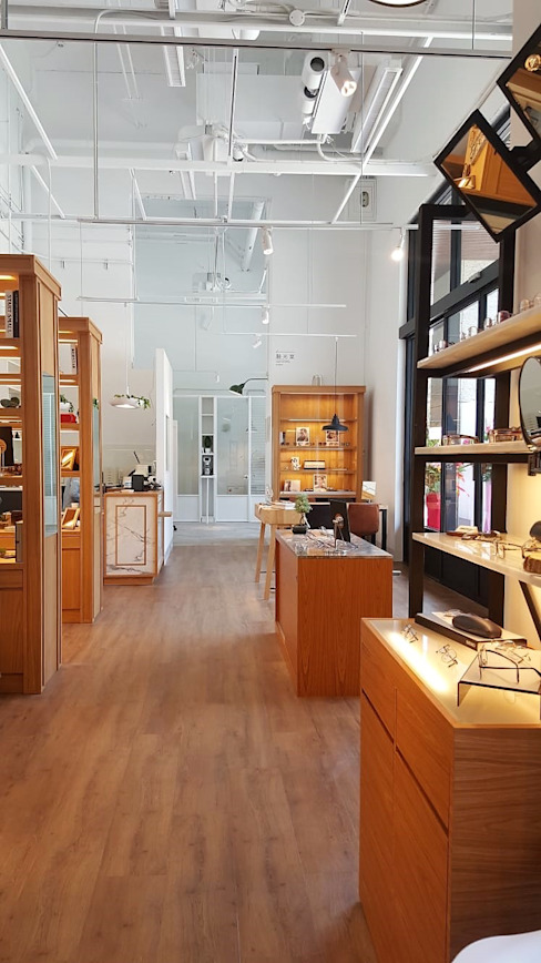 像藝術品般展示的商品 XY DESIGN - XY 設計 辦公空間與店舖 Wood effect