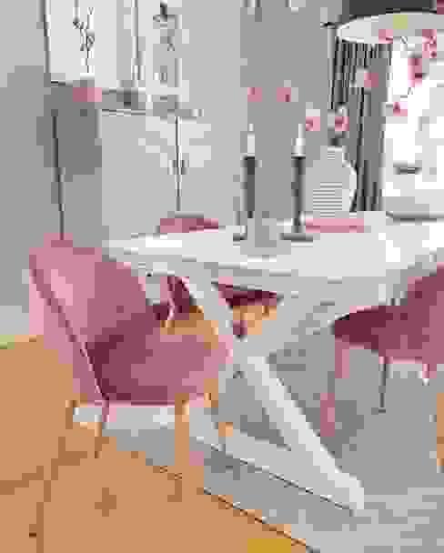 AL Interiores Comedores de estilo moderno Derivados de madera Rosa