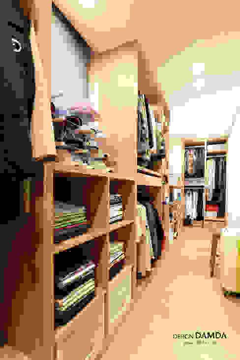 위례 삼성래미안 39평: 디자인담다의  드레스 룸