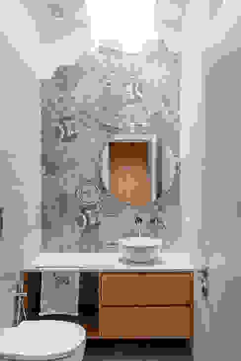 manuarino architettura design comunicazione Phòng tắm phong cách hiện đại