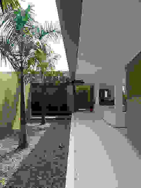 CASA MESA DE YEGUAS V-40: Casas campestres de estilo  por NOAH Proyectos SAS,