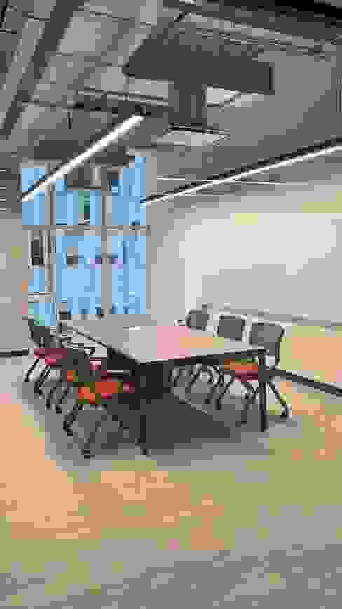 homify Estudios y despachos modernos