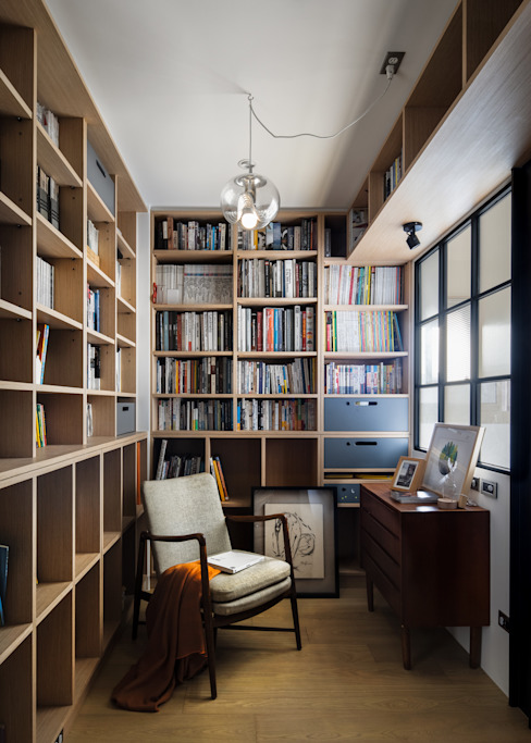 Paredes y pisos de estilo escandinavo de 東江齋空間設計 Escandinavo