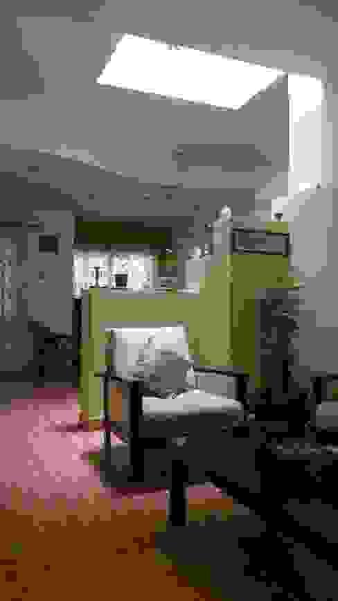 Asian style bedroom by Honeybee Interior Designers Asian
