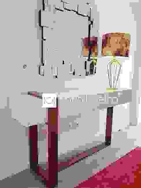 Atelier Kátia Koelho Modern Corridor, Hallway and Staircase