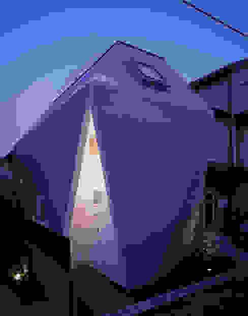 Modern houses by 山縣洋建築設計事務所 Modern