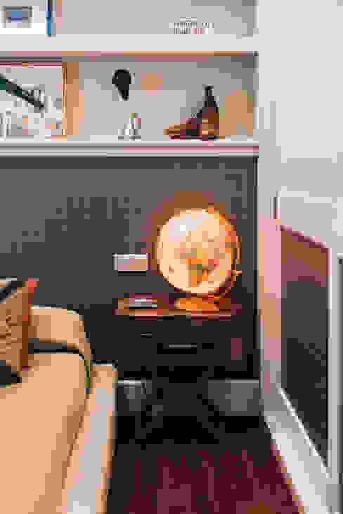 Reformar y redecorar una casa en la coruña Dormitorios de estilo clásico de LUCIA PARGA INTERIORISTA Clásico