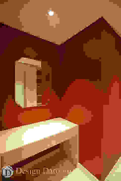 광장동 워커힐팰리스 40py 드레스룸: Design Daroom 디자인다룸의  드레스 룸