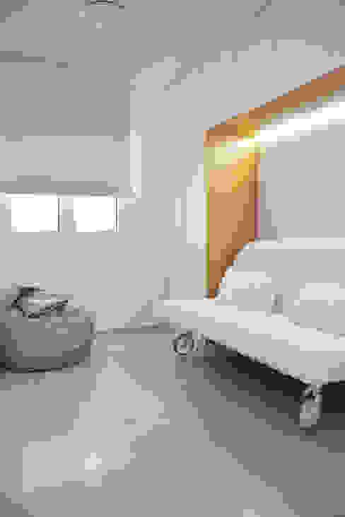 Dormitorio Invitados de SP_Arquitectura Clásico Madera Acabado en madera