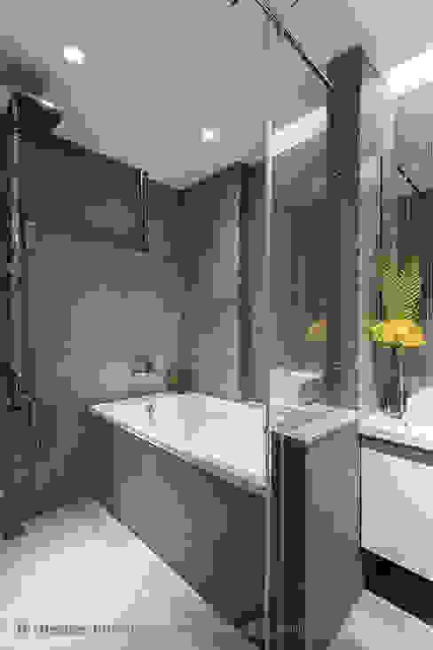 主臥房浴室 Hi+Design/Interior.Architecture. 寰邑空間設計 現代浴室設計點子、靈感&圖片 磁磚 Grey