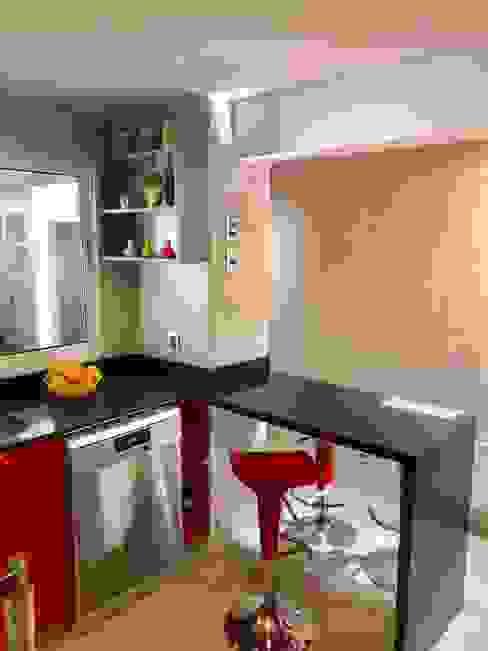 Vista 12 Cocinas de estilo moderno de balConcept SpA Moderno