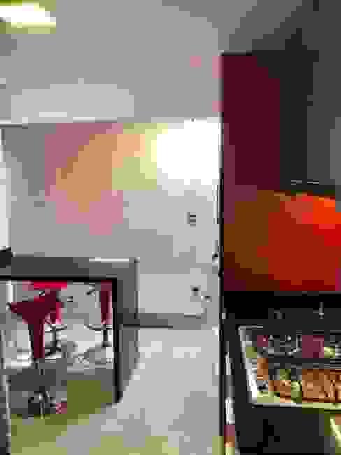 Vista 13 Cocinas de estilo moderno de balConcept SpA Moderno