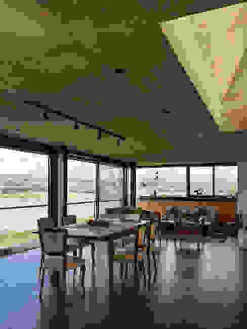Casa en Los Molinos Livings modernos: Ideas, imágenes y decoración de TECTUM Moderno