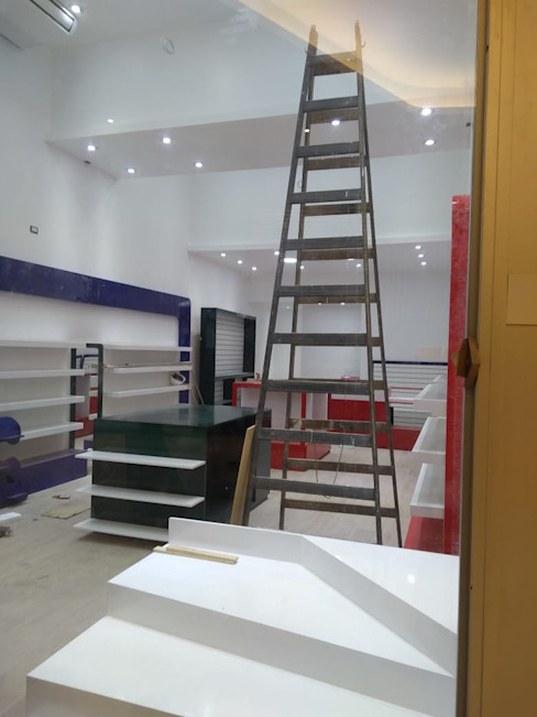 Montaje y equipamiento de Faerman Stands y Asoc S.R.L. - Arquitectos - Rosario Minimalista