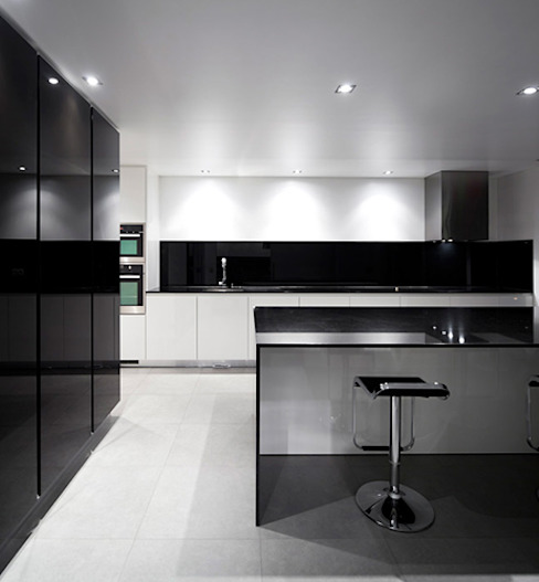 Projecto Xieira I A2+ ARQUITECTOS Cozinhas minimalistas