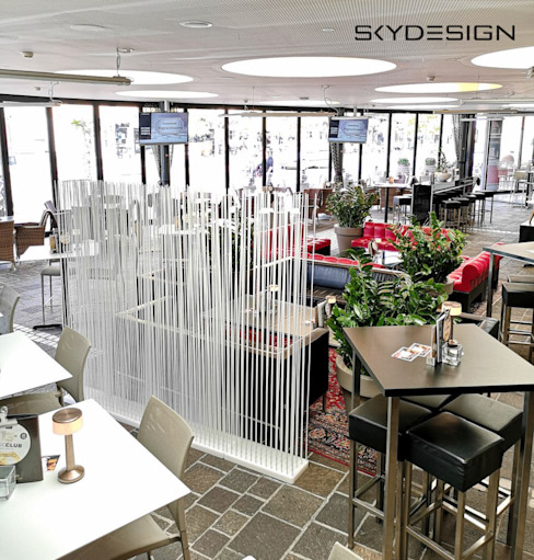 modern  by www.skydesign.news - Raumteiler aus Berlin - Sichtschutz Terrasse, Modern Synthetic Brown