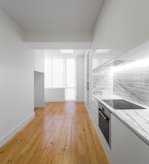 Cozinha luminosa e funcional Cozinhas minimalistas por Padimat Design+Technic Minimalista
