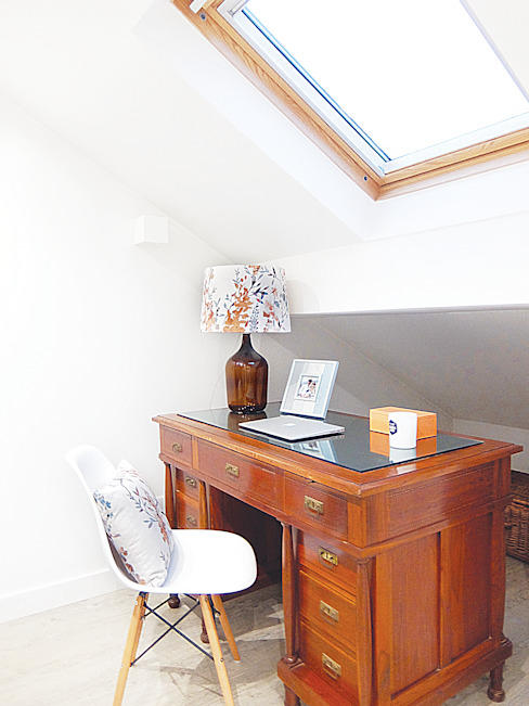 Escritório maria inês home style Mediterranean style study/office
