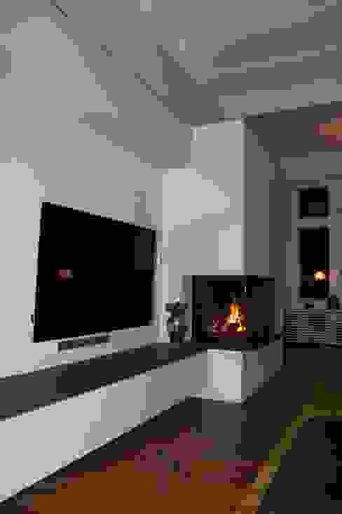 모던스타일 거실 by Christoph Lüpken Ofenbau GmbH - Kamine aus Duesseldorf 모던