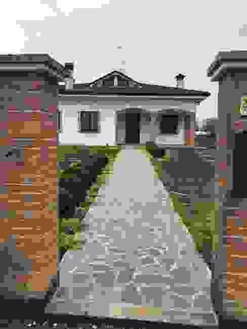 Jardines modernos de LUCIA PANZETTA - PAESAGGISTA Moderno