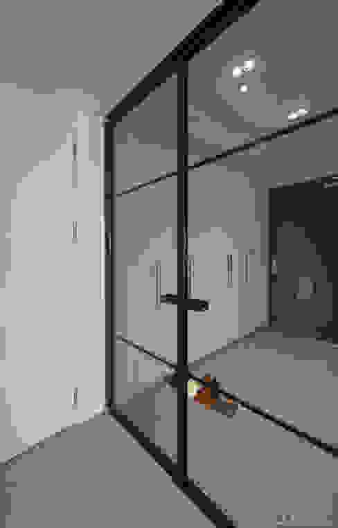 الممر والمدخل تنفيذ 디자인 아버, حداثي