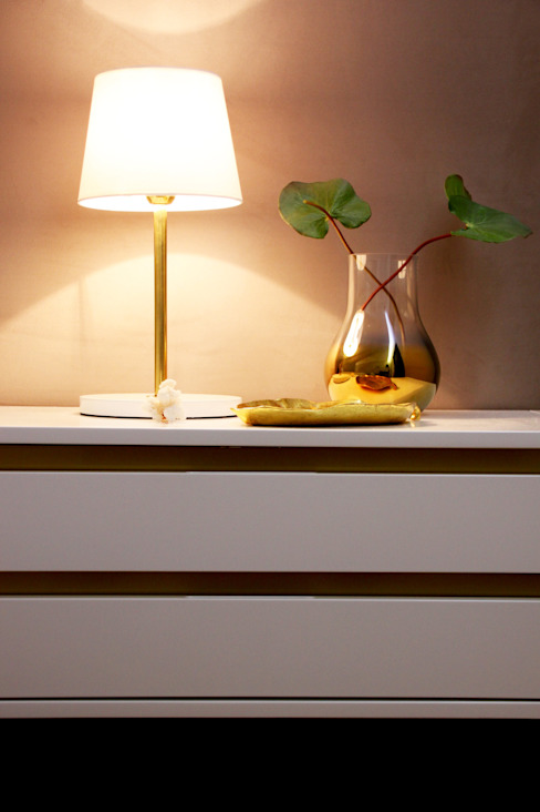 minimalist  by MIA arquitetos, Minimalist MDF