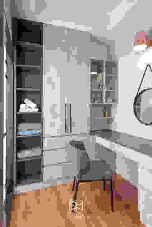 Closets modernos por 禾廊室內設計 Moderno