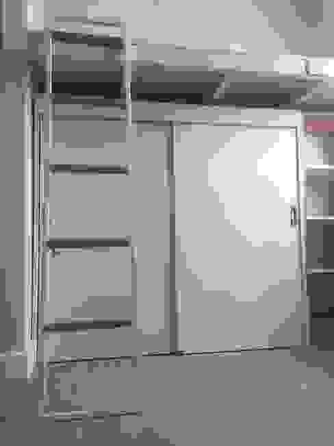 Mobiliario Dormitorio Niña: Habitaciones infantiles de estilo  por MMAD studio - arquitectura interiorismo & mobiliario -,
