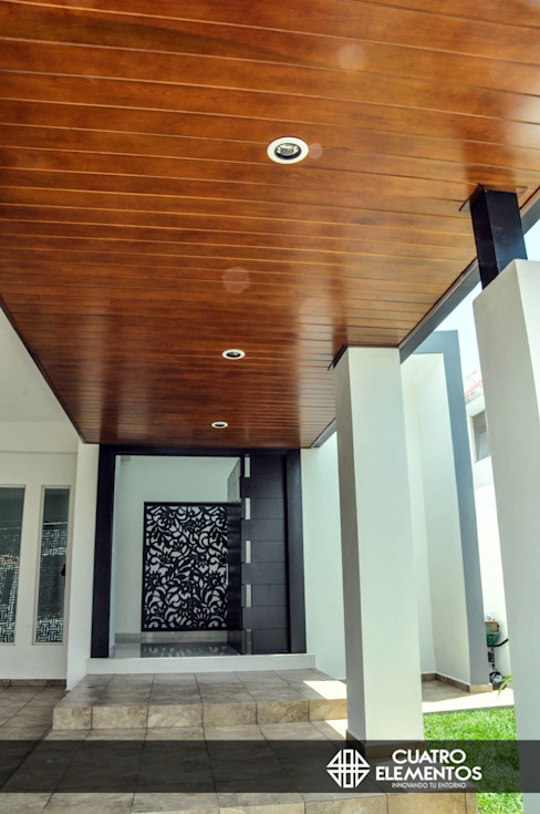 Cuatro Elementos Roof Iron/Steel Wood effect