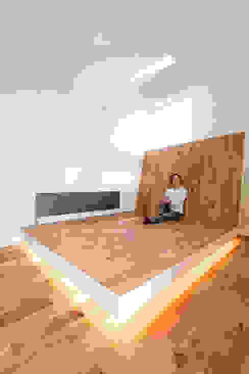 主寝室 一級建築士事務所 Atelier Casa オリジナルスタイルの 寝室