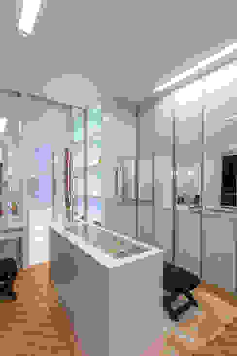 Casa Vanessa Designer de Interiores e Paisagista Iara Kílaris Closets