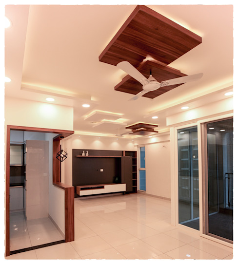 Full view of the Living room with the TV Unit & False Ceiling in it ! Modern living room by U and I Designs Modern