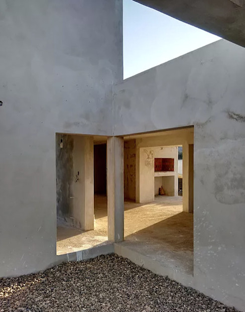 En obra: Casas unifamiliares de estilo  por 1.61 Arquitectos