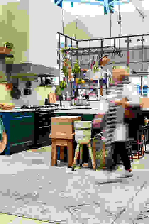 Carazzo in de kleur Steel Blue:  Keuken door Pure & Original,