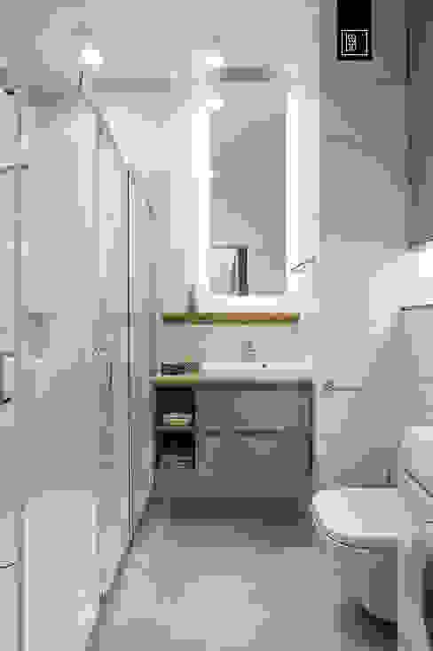 ŚNIADANIE NA MOKOTOWIE KODO projekty i realizacje wnętrz Ванная комната в эклектичном стиле Мрамор Бежевый