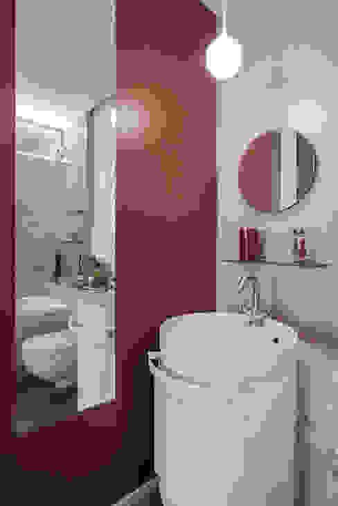 Asian style bathroom by studioQ Asian