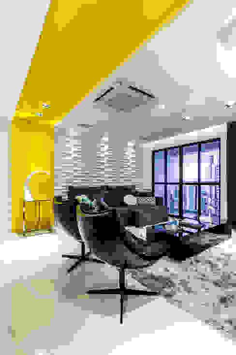 Estar/ Sofá/ Mesa de centro/ Poltronas/ Revestimento 3D Salas de estar modernas por Arquitetura Sônia Beltrão & associados Moderno
