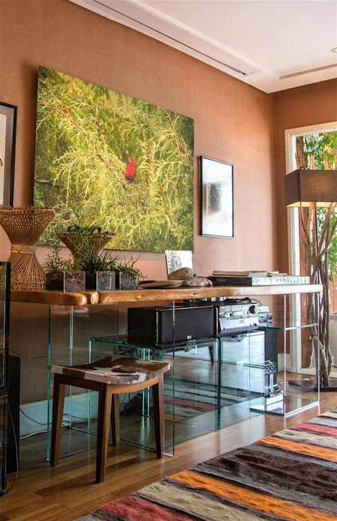 Cristina Szabo Designer de Bem-Estar Living roomSide tables & trays Kaca