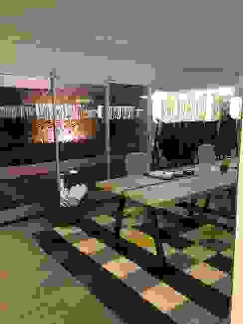 Estudio de Diseño: Estudios y oficinas de estilo  por Tumburus Lucas - Diseño y Arquitectura Interior,Moderno