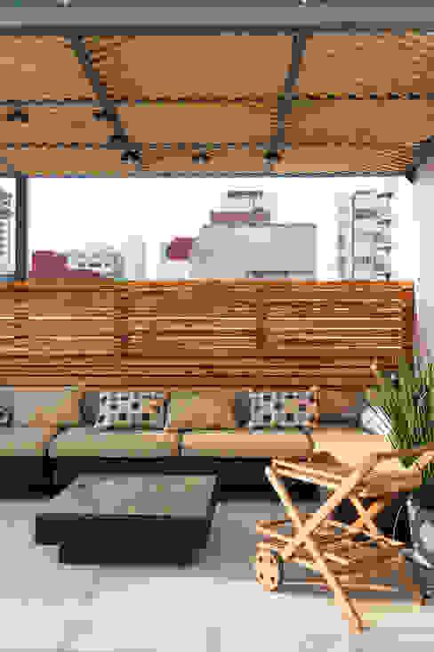 Boceto Arquitectos Paisajistas Modern balcony, veranda & terrace Wood