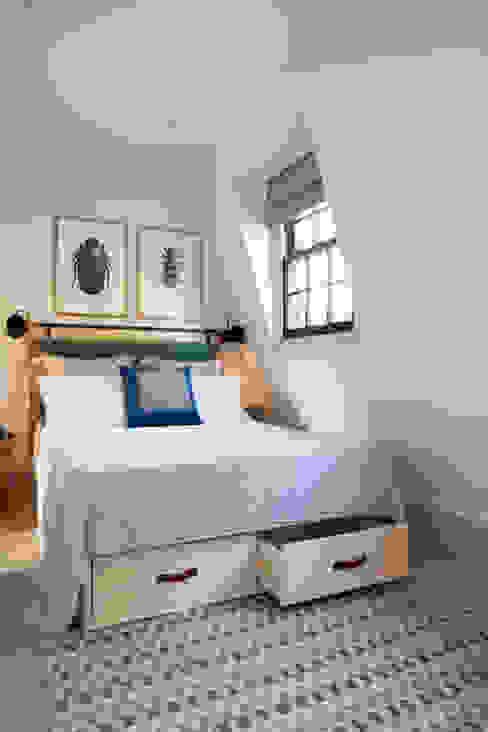 Shape London의  침실