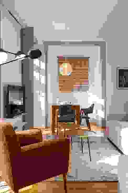 OpenSpace - Zona de sala Traço Magenta - Design de Interiores CasaAcessórios e Decoração Bege