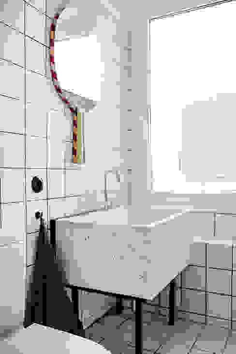 nimú equipo de diseño Ausgefallene Badezimmer Weiß