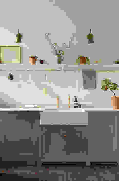 An Edwardian Villa in Cardiff deVOL Kitchens Cuisine classique Bleu