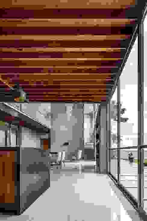 غرفة السفرة تنفيذ Apaloosa Estudio de Arquitectura y Diseño