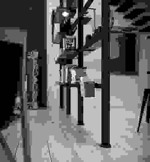 Giostra piedini regolabili Studio minimalista di Damiano Latini srl Minimalista Alluminio / Zinco