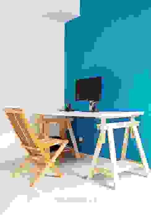 Study Room ADEA Studio Ruang Studi/Kantor Modern Batu Bata Blue
