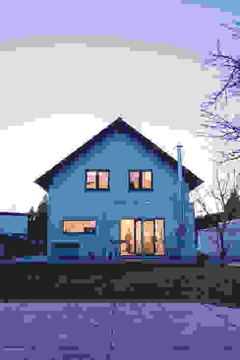FingerHaus GmbH - Bauunternehmen in Frankenberg (Eder) Giardino moderno